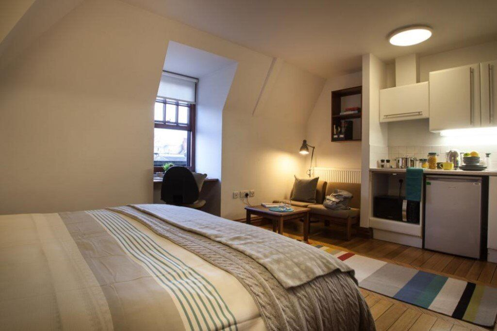 LUXURY STUDIO APARTMENTS IN THE HEART OF CAMBERWELL - CLOSE TO SHOPS AND OVAL TUBE - BILLS INCLUDED