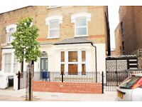 Stoke Newington flat with a private garden and two bathrooms