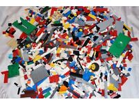 LEGO USED BRICKS OVER 2 KG.
