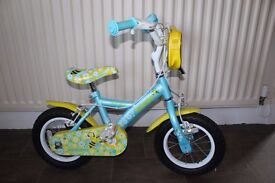 Girls Bike - suitable for ages 4/5