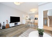 Spectacular 3 Double Bedroom Flat - Split Level - High Spec - Newly Renovated - Parsons Green SW6