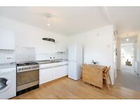 Available Now! Large 2 Double Bed Flat- Great Location- Near Clapham Junction - Perfect For Sharers!