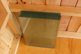4mm float clear glass 400 x 300mm — *** ONLY SIX SHEETS LEFT! ***