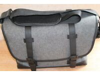 CANON MESSENGER CAMERA BAG