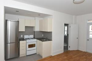 Spadina and College: 160 Huron Street, One Bedroom