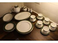Doulton Green Marbel Hand Made & Decorated Bone China Diner Set