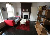 CAMDEN/EUSTON NW1 SPACIOUS 1 BEDROOM FLAT WITH TRANQUIL ROOF TERRACE 5 MINS EUSTON, KINGS CROSS TUBE
