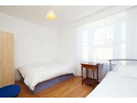 LARGE DOUBLE ROOMS AVAILABLE FOR RENT IN PLASTOW NEAR STATION**LESS DEPOSIT REQUIRED