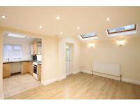 2 bedroom flat to rent in Kensal rise, Ideal for professional sharers or couple AVAILABLE NOW