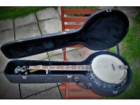 Lovely WASHBURN B16 American Series 5 String banjo & hard case. Great condition. Was £695 when new.