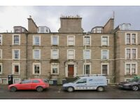 2 bed flat in Dudhope Street, Dundee