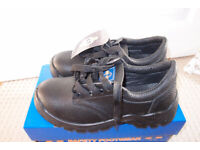 2 Pairs. Brand New. Mens safety shoes/boots, steel toecap, Size 5