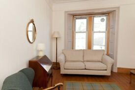 Short Term Let - Traditional one bedroom property in Edinburgh's New Town (438)