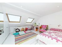 **MUST SEE** Ladywell Road - 5 Bedroom House