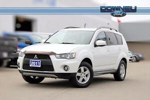 2011 Mitsubishi Outlander LS AWD - Power moonroof - Fog lamps