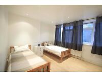 PERFECT TWIN ROOM ALL BILLS INC AVAILABLE NOW!!! 38D