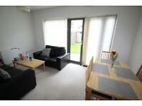 3 BED TOWN HOUSE, 2 BATHS, STUDY/OFFICE, GARDEN, WALK TO TUBE, DLR & SHOPS