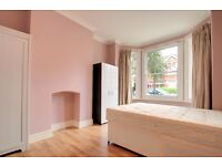 ** TWO DOUBLE GARDEN FLAT IN ACTON**