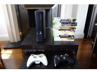 XBOX 360 Slim 250Gb + 2 controllers + 14 games