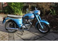 superb triumph 3ta, bikini model, best in uk for sale, vmcc certificate.