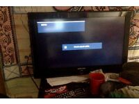 "URGENT Samsung 32"" 1080p tv for sale inc remote and wall bracket"