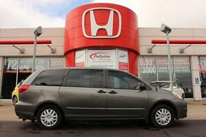 2004 Toyota Sienna CE- AS TRADED