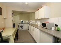 VERY CLEAN THREE DOUBLE BEDROOM HOUSE WITH TWO RECEPTIONS AND LARGE KITCHEN