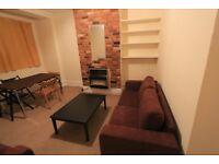 3 bedroom flat in Tooting Broadway
