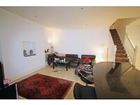 3 Bed modern conversion flat. Lots of Space + Garden. Ideal location. Available 15th Oct. SW17
