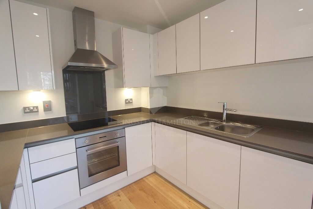 !!BRAND NEW 1 BED APARTMENT FOR RENT AVAILABLE NOW!!! ONLY 300PW! NO REFERENCES FEES!