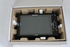 Raymarine e97 Multifunction Display Fishfinder Chartplotter GPS New in Box