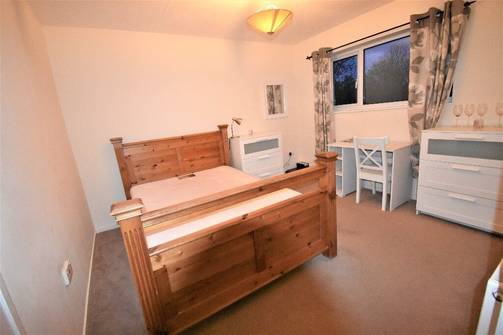 Double room, close to Peterborough hospital in amazing condition