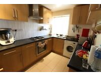 AVAILABLE NOW. IDEAL FOR FAMILY, SHARERS, NO DSS. 2 BEDROOM WALKING DISTANCE TO SHOPS, TUBE, & MORE