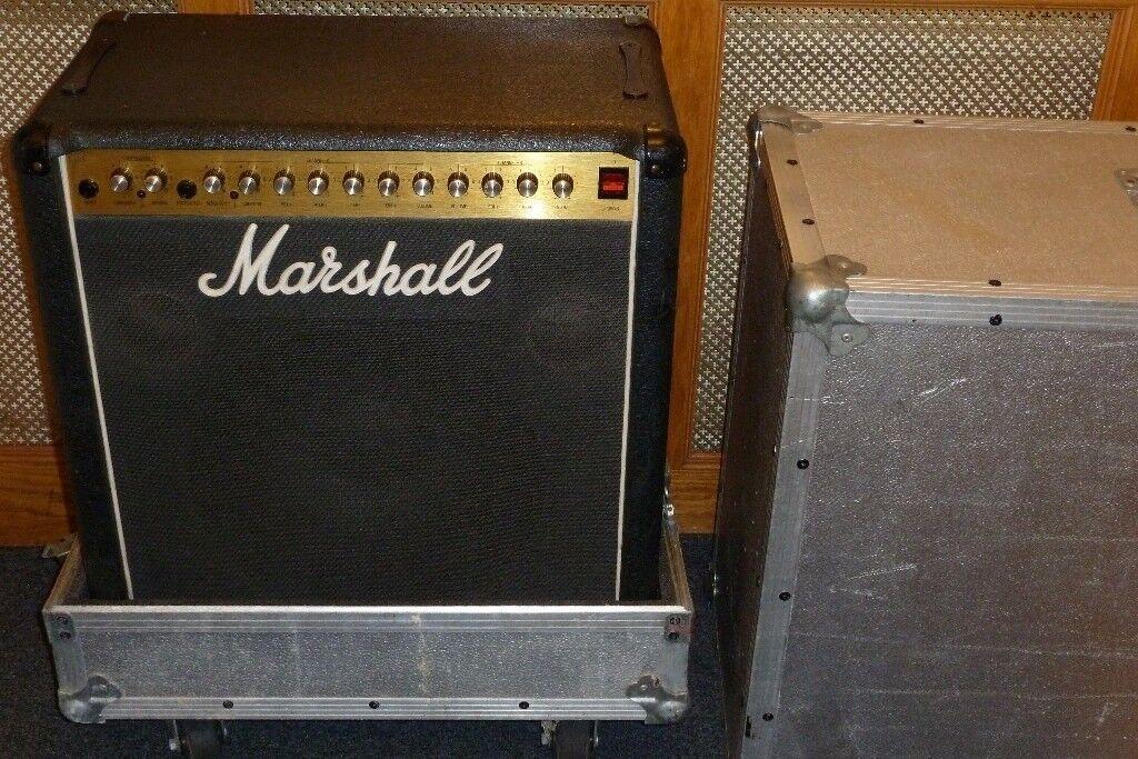 Marshall Bass 200 Combo 1 x 15 speaker model 5520 early 80s with flightcase