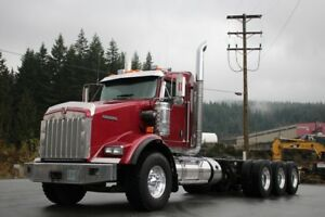 2014 Kenworth T800 Tri-Drive with Double Frame T800 Tri-Drive