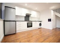 HUGE BRAND NEW TWO BED SPLIT LEVEL FLAT/HOUSE STYLE PLACE IN FELTHAM SUNBURY KEMPTON HANWORTH AREA
