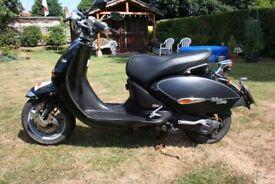 125 scooter aprillia habana custom
