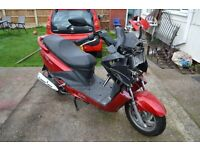 2015 sym 200i joyride damaged spares or repair. scooter moped.