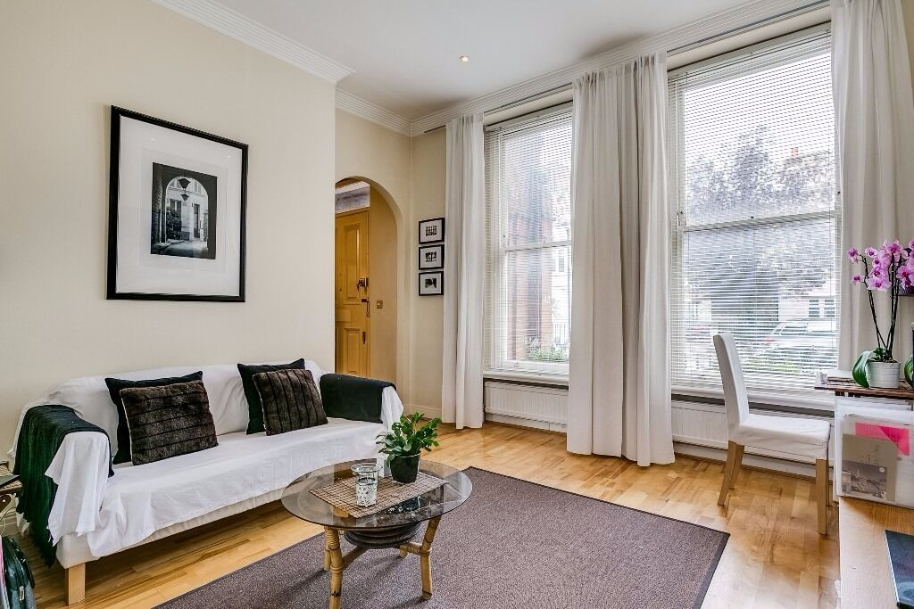 1 Bedroom Flat - Courtfield Road, SW5 - £450 per week - Furnished - Available Now - No Tenancy Fees