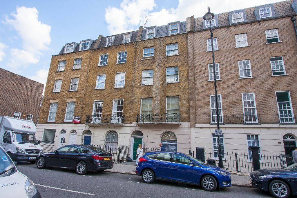 Bright ONE DOUBLE BEDROOM FLAT close to EUSTON furnished
