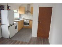 TREMENDOUS 1 BED FLAT AVAILABLE IN TW14 - GREAT VALUE FOR MONEY - VERY WELL PRESENTED