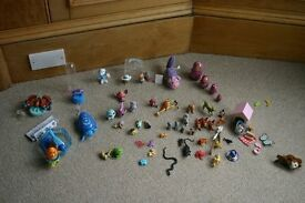 Toy small battery operated animals and small plastic toy animal bundle