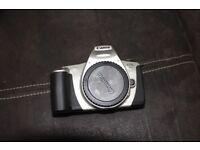 L@@K Canon EOS 500 35mm SLR Film Camera body