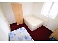 Spacious and bright 1 double bedroom available in Canning Town