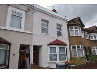 Amazing spacious five bedroom house two bathroom house with garden in Stratford, E15