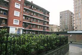 Beautiful 4 bedroom flat with fantastic transport links