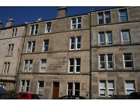 Newly Renovated 2 Bedroom Flat Next to West End, Haymarket Station and Tram!