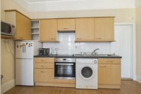 *** ONE BEDROOM GROUND FLOOR FLAT IN NORTH FINCHLEY, N12 - AVAILABLE IMMEDIATELY!! ***