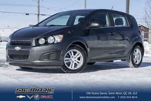 2016 CHEVROLET SONIC 5 LT TURBO CAMERA DE RECUL
