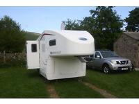 5th wheel (BRITSH BUILT)-(Globestormer)+Nissan Navara towcar